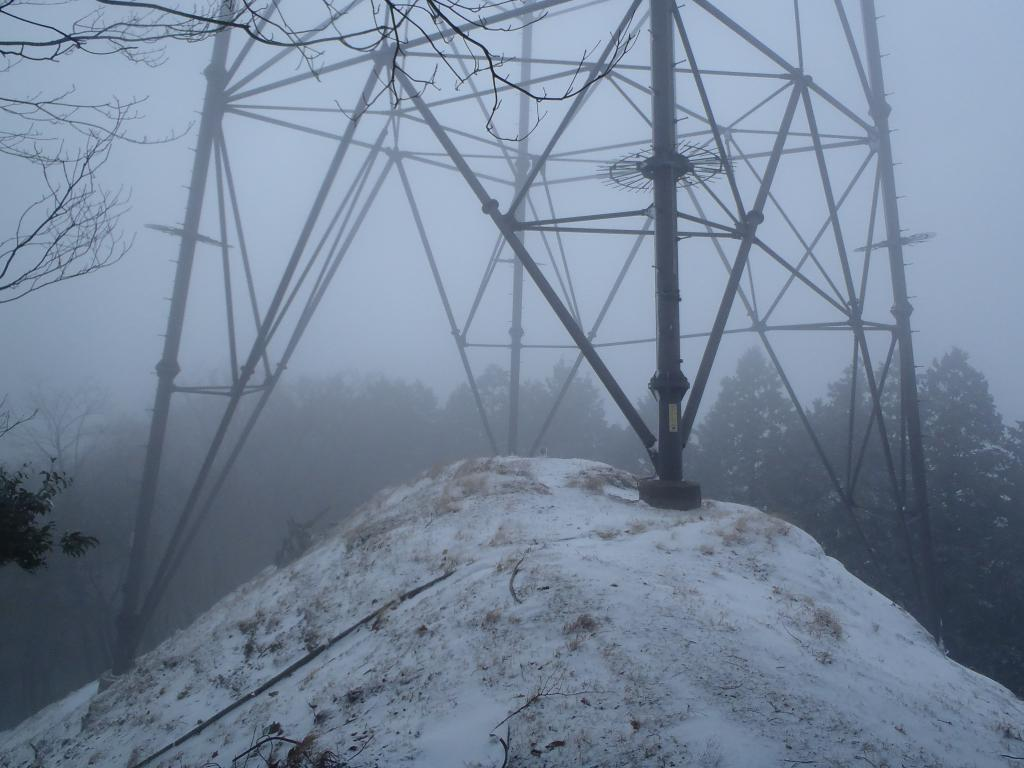 大峰の鉄塔、実は初めてだったかも