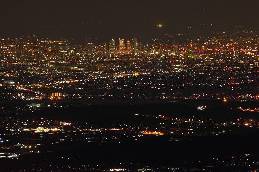 望遠で名古屋のビル群撮影