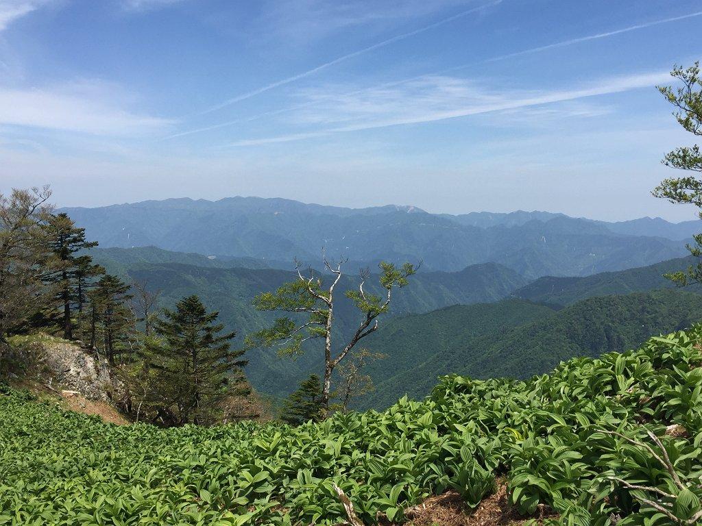 台高山脈もこの通り