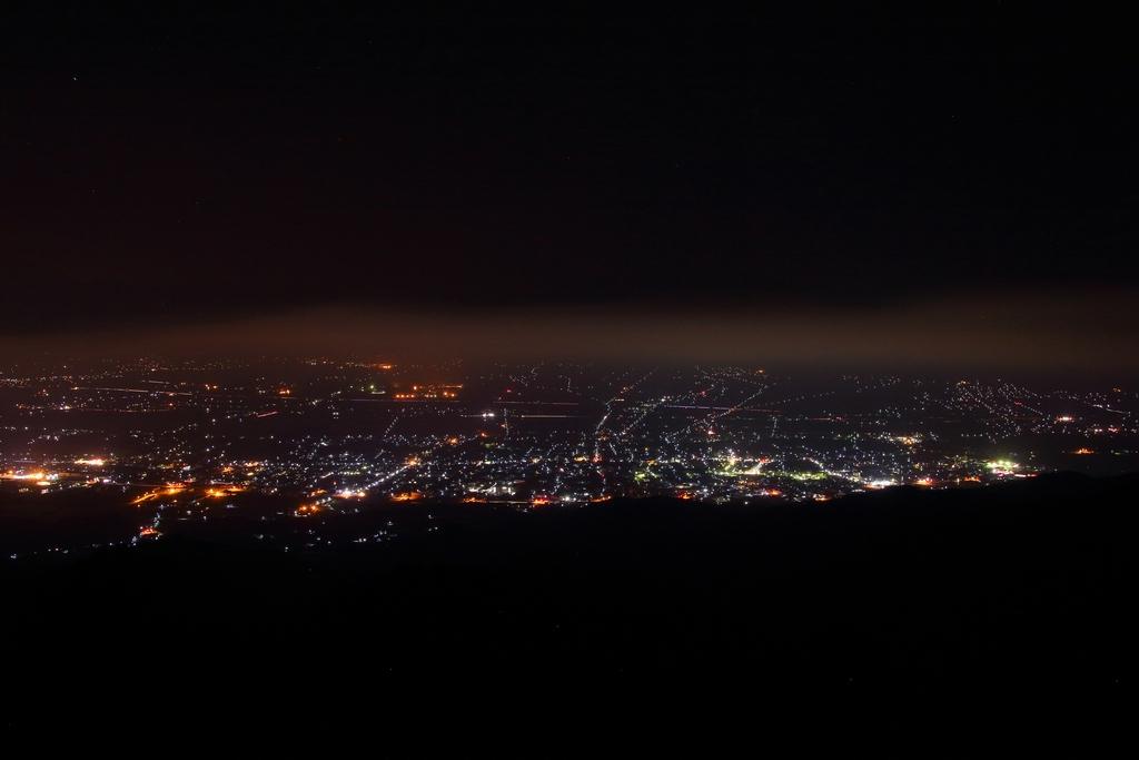 午前0:00についてしまったのでもう一つ長野県の夜景スポット萱野高原で夜景撮影