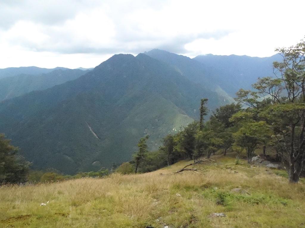 バリゴヤから稲村ヶ岳までハッキリみえる