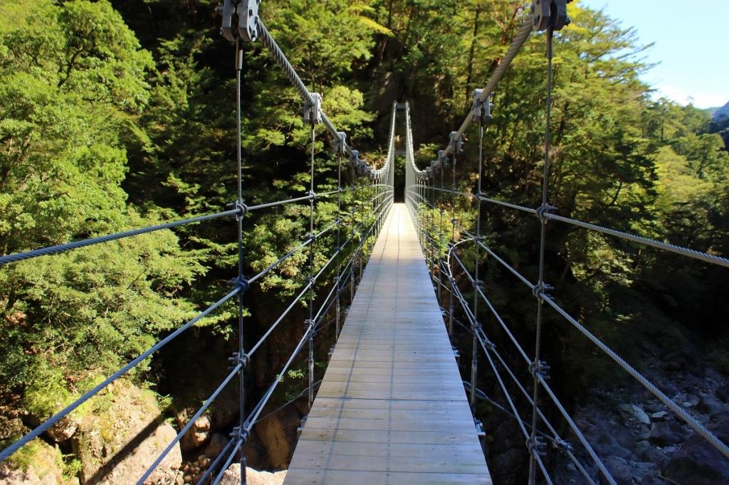 平等嵓吊り橋は迫力があった