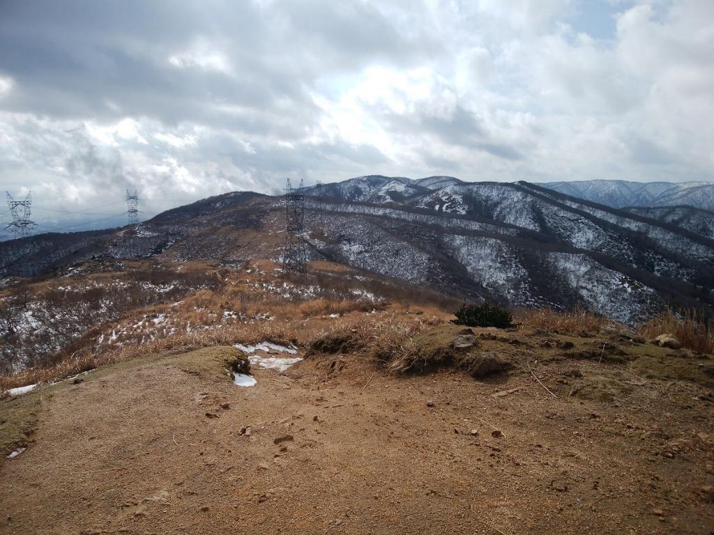 さあ、続いては寒風目指します。ちなみに寒風は赤坂山より標高が高い