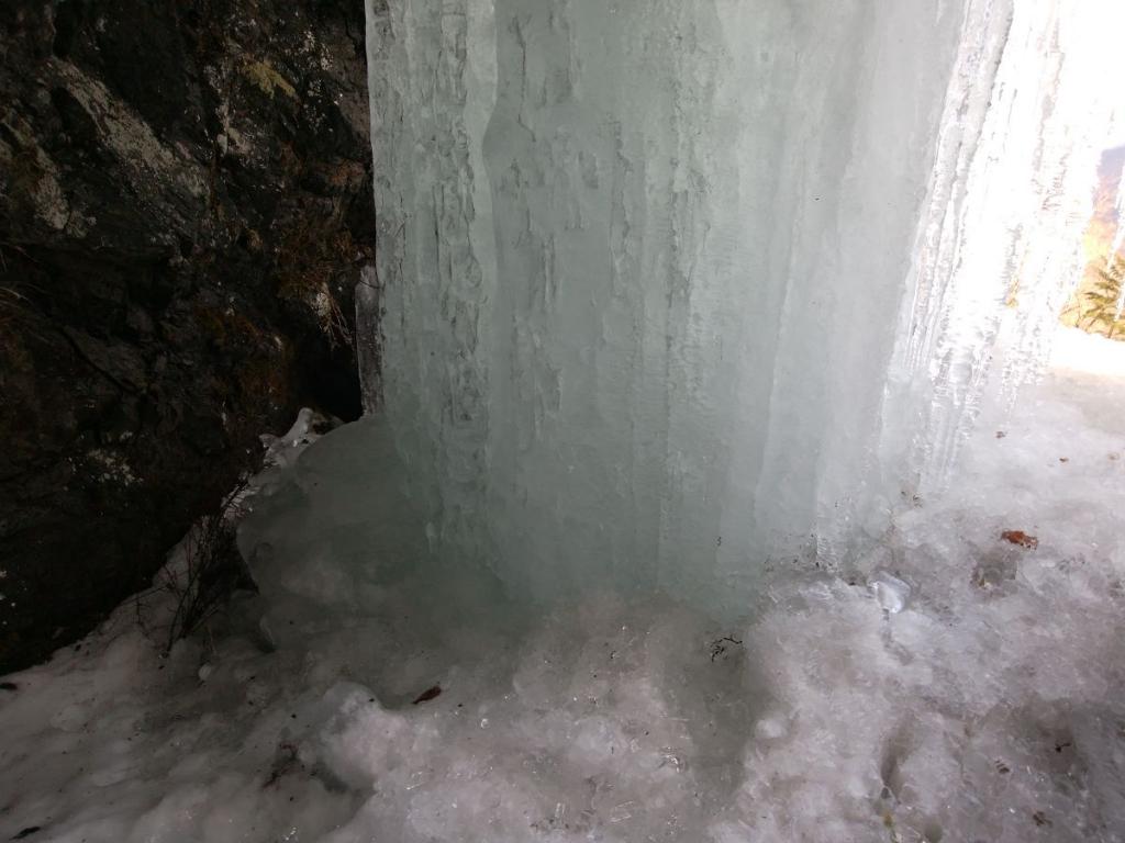 凍ったところは粒になっていて不思議だった