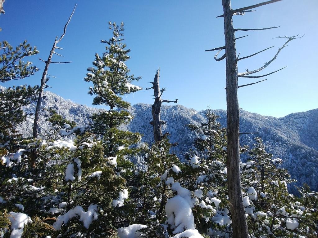 いい感じの雪山と青空♪