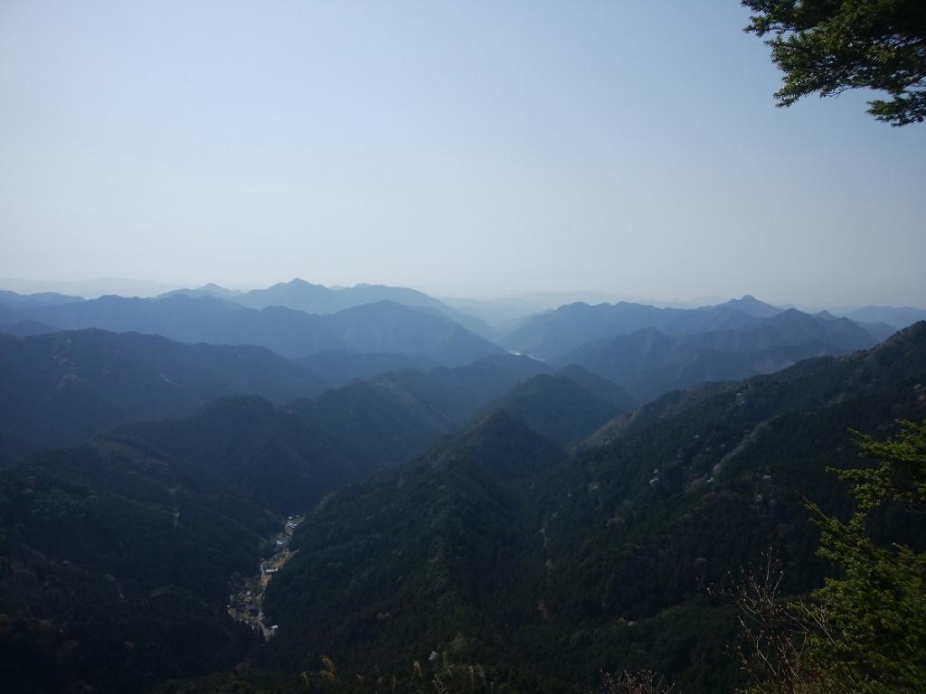 大天井岳からの眺望はなかなかよかった