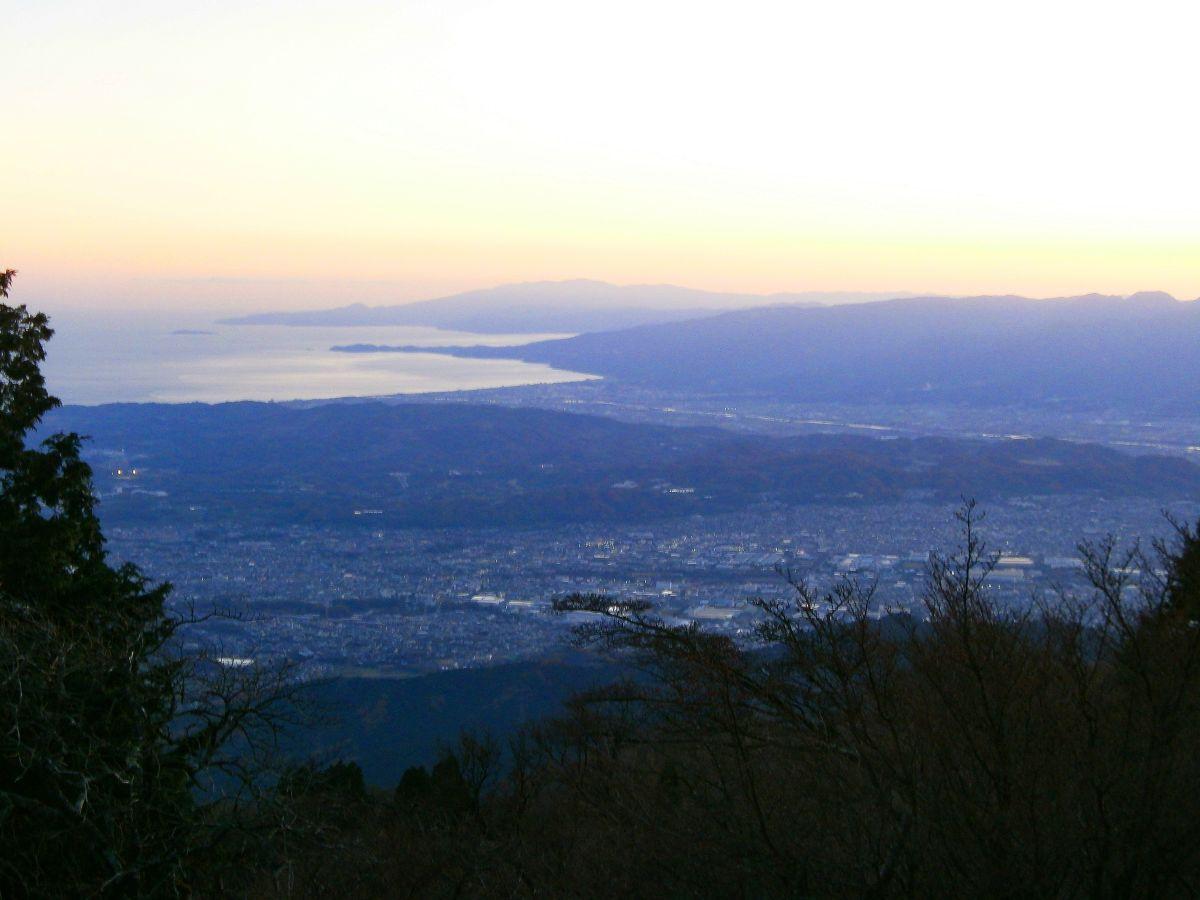 小田原から西方面の景色