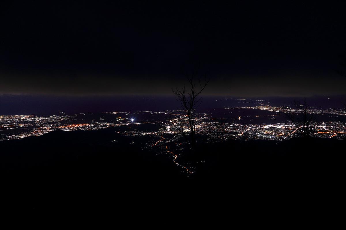 イタツミ尾根途中からの夜景1